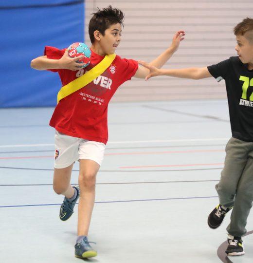 Handball<br />3. + 4. Klasse